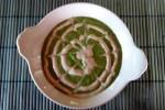 crema cruda di avocado e spinaci con salsa di sesamo